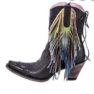 Junk gypsy spirit animal fringe shortie boots